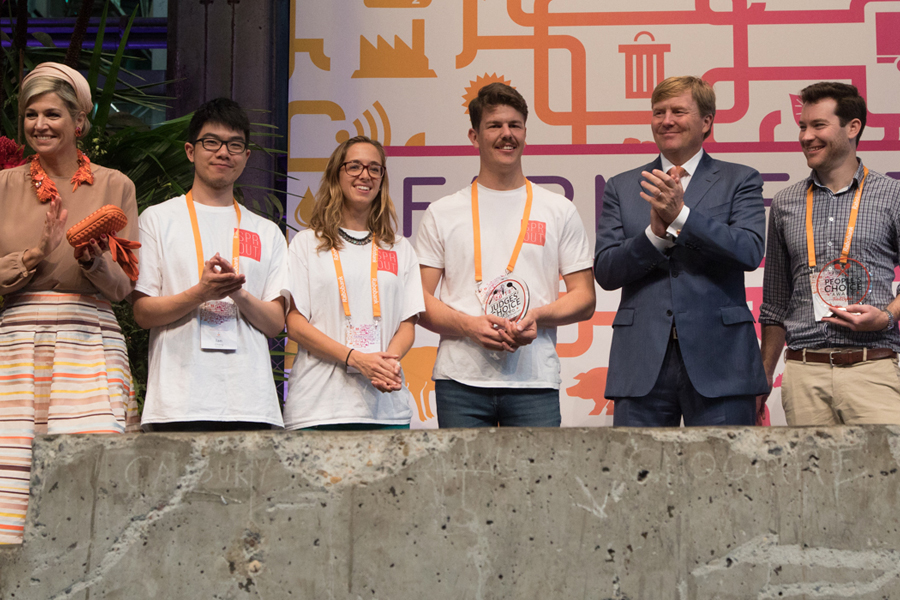 FoodBytes! winners with King Willem-Alexander and Queen Maxima